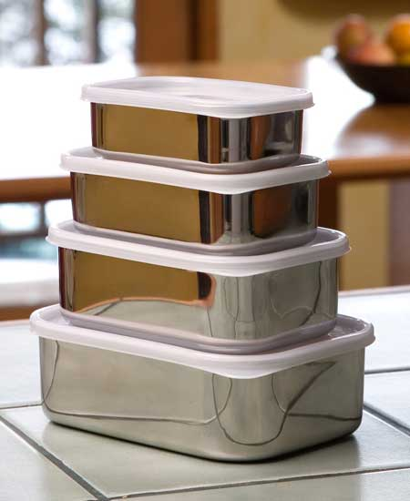 Pack your lunch in reuseable containers - Image courtesy of http://www.gogreeninstages.com/images/rectangular-food-containers.jpg